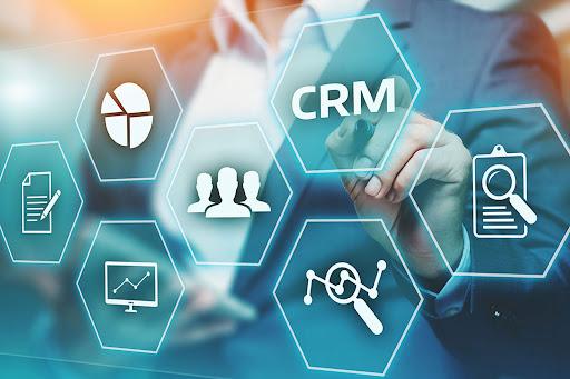 Áp dụng CRM cho doanh nghiệp – Lợi ích và khó khăn?